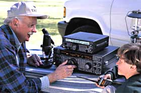 Welcome to yaesu the yaesu brand is well known among ham radio aficionados and is synonymous with premium quality ham radios from stationary multi feature communications gumiabroncs Gallery